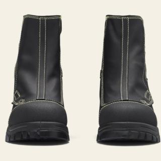Men's or Women's Style 981 by Blundstone
